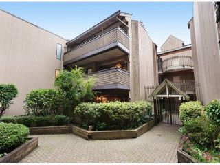 """Photo 1: 203 3191 MOUNTAIN Highway in North Vancouver: Lynn Valley Condo for sale in """"Lynn Terrace II"""" : MLS®# R2133788"""