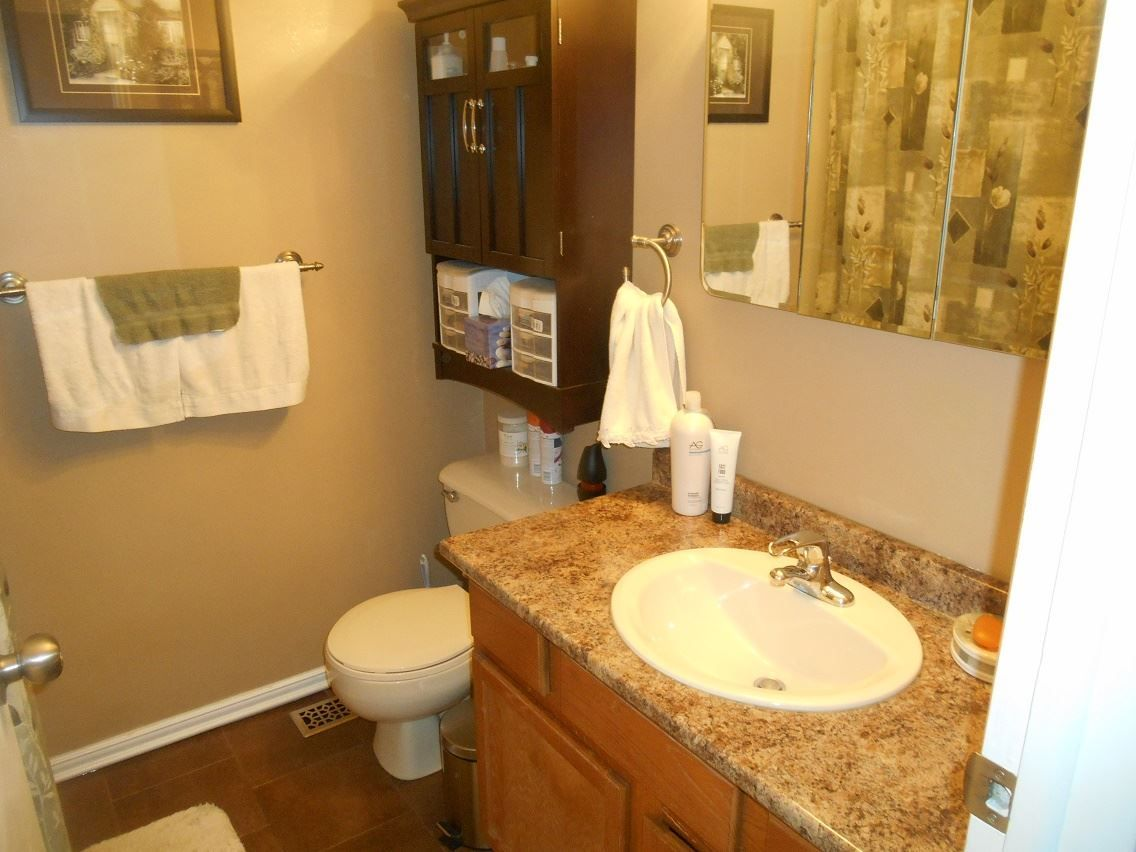 Photo 10: Photos: 301 VOYAGEUR Drive in Prince George: Highglen House for sale (PG City West (Zone 71))  : MLS®# R2082968