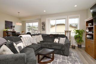 Photo 7: 13 3356 Whittier Ave in Saanich: SW Rudd Park Row/Townhouse for sale (Saanich West)  : MLS®# 861461