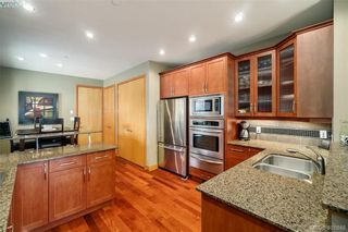 Photo 4: 29 3650 Citadel Pl in VICTORIA: Co Latoria Row/Townhouse for sale (Colwood)  : MLS®# 801510