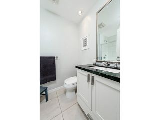 """Photo 10: 303 170 W 1ST Street in North Vancouver: Lower Lonsdale Condo for sale in """"ONE PARKLANE"""" : MLS®# V1117348"""