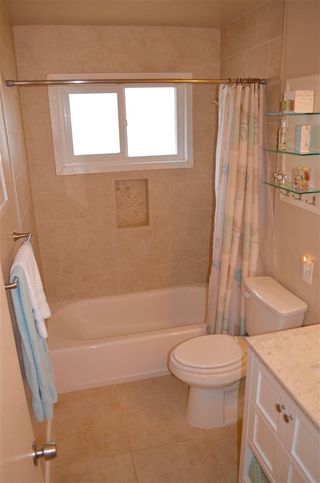 Photo 20: CLAIREMONT House for sale : 3 bedrooms : 3681 MT EVEREST BLVD in San Diego