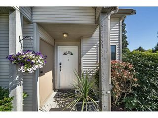 """Photo 2: 1 98 BEGIN Street in Coquitlam: Maillardville Townhouse for sale in """"Le Parc"""" : MLS®# R2285270"""