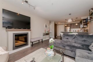 """Photo 4: 301 19936 56 Avenue in Langley: Langley City Condo for sale in """"Bearing Pointe"""" : MLS®# R2487217"""
