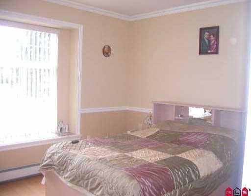 Photo 8: Photos: 9665 123A ST in Surrey: Cedar Hills House for sale (North Surrey)  : MLS®# F2525308