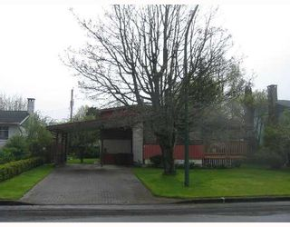 Photo 2: 8611 FAIRDELL Crescent in Richmond: Seafair House for sale : MLS®# V644649