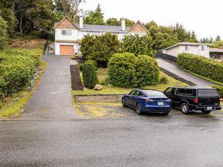 Photo 1: 914 Wendey Dr in Langford: La Walfred Half Duplex for sale : MLS®# 840588