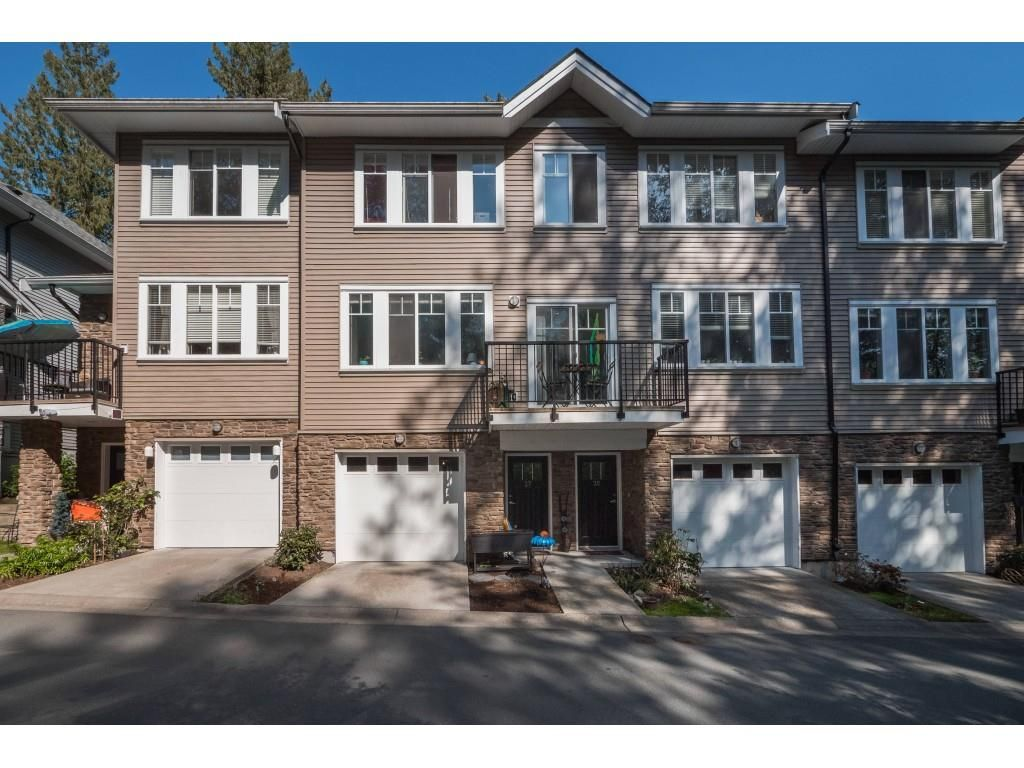 Main Photo: 27 13864 HYLAND Road in Surrey: East Newton Townhouse for sale : MLS®# R2362417