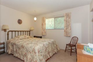 Photo 12: 3805 CLEMATIS Crescent in Port Coquitlam: Oxford Heights House for sale : MLS®# R2200625