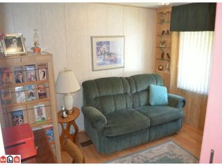 """Photo 9: 64 1640 162ND Street in Surrey: King George Corridor Manufactured Home for sale in """"CHERRY BROOK PARK"""" (South Surrey White Rock)  : MLS®# F1223930"""