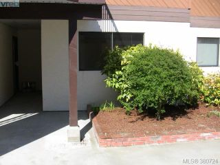 Photo 1: 106 1991 Kaltasin Rd in SOOKE: Sk Billings Spit Condo for sale (Sooke)  : MLS®# 764937
