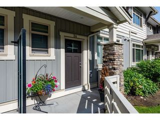 """Photo 2: 24 34230 ELMWOOD Drive in Abbotsford: Central Abbotsford Townhouse for sale in """"Ten Oaks"""" : MLS®# R2466600"""