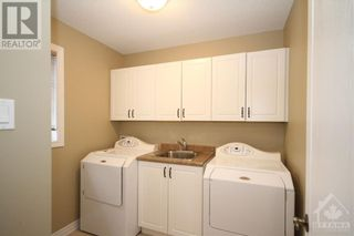 Photo 15: 52 OLDE TOWNE AVENUE in Russell: House for sale : MLS®# 1264483