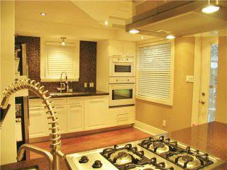 Photo 3: 2742 W 13TH AV in Vancouver: Kitsilano House for sale (Vancouver West)  : MLS®# V1024227