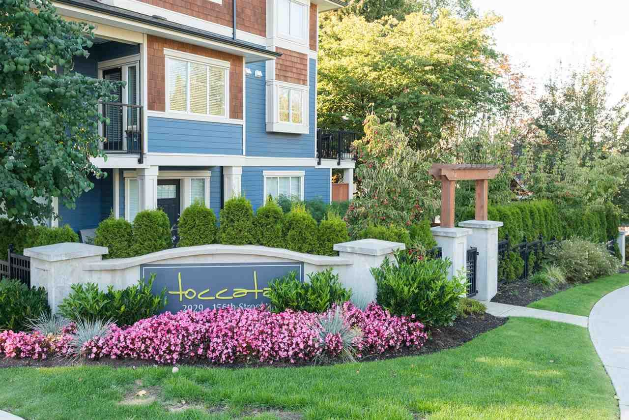 Main Photo: 10 2929 156 STREET in Surrey: Grandview Surrey Townhouse for sale (South Surrey White Rock)  : MLS®# R2110327