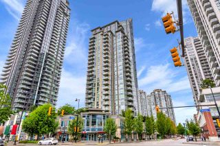 Photo 1: 308 3008 GLEN DRIVE in Coquitlam: North Coquitlam Condo for sale : MLS®# R2532784