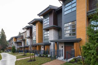 """Photo 1: 20 70 SEAVIEW Drive in Coquitlam: College Park PM Townhouse for sale in """"CEDAR RIDGE"""" (Port Moody)  : MLS®# R2523220"""