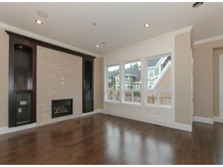 Photo 4: 337 171A Street in Surrey: Pacific Douglas Home for sale ()  : MLS®# F1426277