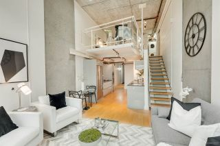 """Photo 11: 413 1529 W 6TH Avenue in Vancouver: False Creek Condo for sale in """"WSIX - South Granville Lofts"""" (Vancouver West)  : MLS®# R2435033"""
