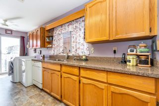 """Photo 14: 32870 3RD Avenue in Mission: Mission BC House for sale in """"WEST COAST EXPRESS EASY ACCESS"""" : MLS®# R2595681"""