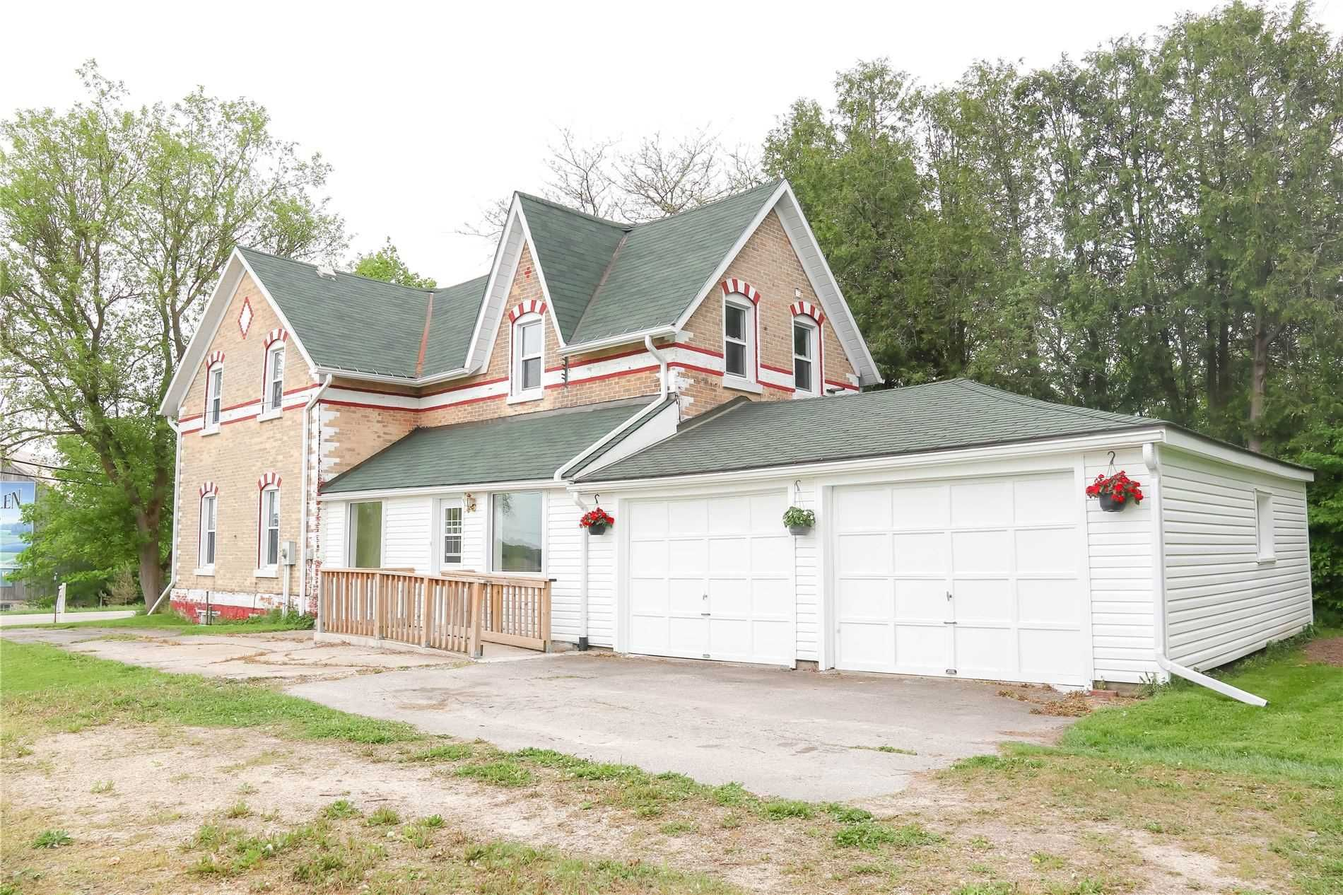 Main Photo: 405507 Grey Road 4 Road in Grey Highlands: Rural Grey Highlands House (2-Storey) for sale : MLS®# X5262113