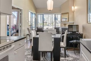 """Photo 8: 1012 IRONWORK Passage in Vancouver: False Creek Townhouse for sale in """"MARINE MEWS"""" (Vancouver West)  : MLS®# R2207669"""