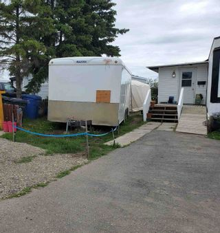 """Photo 21: 84 8420 ALASKA Road in Fort St. John: Fort St. John - City SE Manufactured Home for sale in """"PEACE COUNTRY MHP"""" (Fort St. John (Zone 60))  : MLS®# R2547687"""