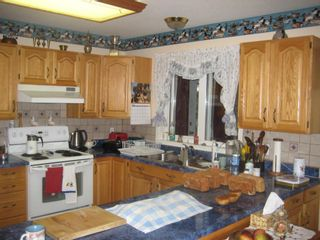 Photo 3: 2658 Vickers Trail in Anglemont: House for sale : MLS®# 10039744