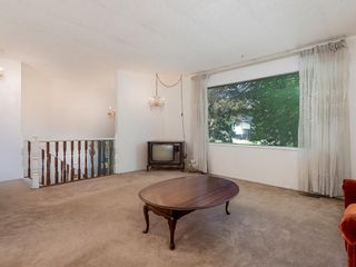 Photo 3: 239 Pinemill Road NE in Calgary: Pineridge Detached for sale : MLS®# A1021035