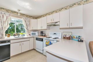 Photo 17: 572 Cedar Cres in : ML Cobble Hill Half Duplex for sale (Malahat & Area)  : MLS®# 878615