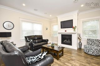 Photo 10: 38 Olive Avenue in Bedford: 20-Bedford Residential for sale (Halifax-Dartmouth)  : MLS®# 202125390