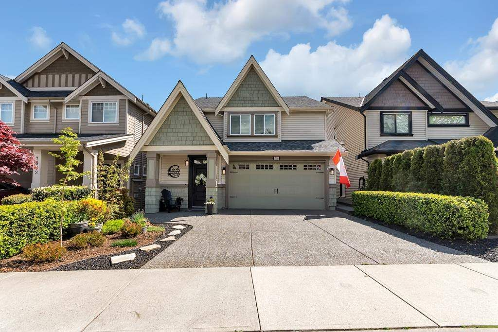 """Main Photo: 7826 211B Street in Langley: Willoughby Heights House for sale in """"Yorkson"""" : MLS®# R2576337"""