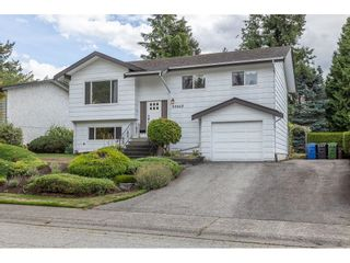 """Photo 3: 34662 ST. MATTHEWS Way in Abbotsford: Abbotsford East House for sale in """"McMillan"""" : MLS®# R2616255"""