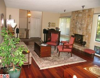 """Photo 3: 7018 PARKVIEW Place in Delta: Sunshine Hills Woods House for sale in """"SUNSHINE HILLS"""" (N. Delta)  : MLS®# F1002168"""
