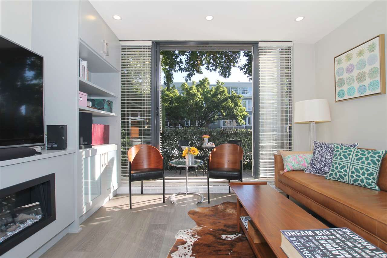 Main Photo: 2289 W 12 Avenue in VANCOUVER: Kitsilano Townhouse for sale (Vancouver West)  : MLS®# R2570906