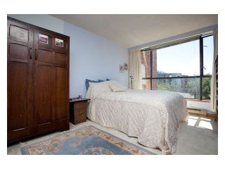 """Photo 7: 312 1490 PENNYFARTHING Drive in Vancouver: False Creek Condo for sale in """"THREE HARBOUR COVE"""" (Vancouver West)  : MLS®# V870405"""