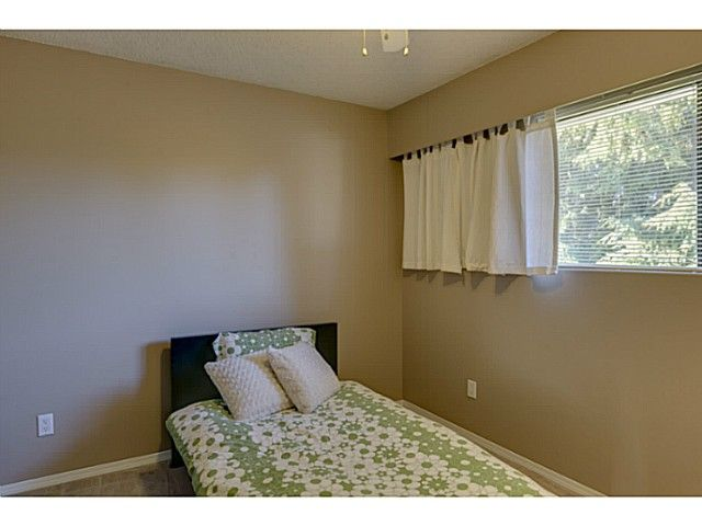 """Photo 12: Photos: 11977 189B Street in Pitt Meadows: Central Meadows House for sale in """"HIGHGATE"""" : MLS®# V1038293"""