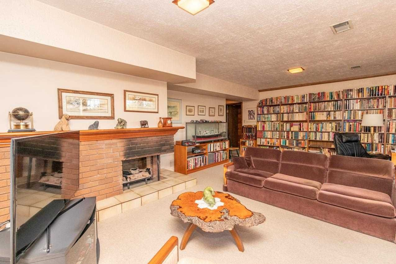Photo 30: Photos: 385 MONTERAY Avenue in North Vancouver: Upper Delbrook House for sale : MLS®# R2582994
