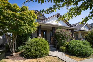 Photo 2: 19249 69 Avenue in Surrey: Clayton House for sale (Cloverdale)  : MLS®# R2605035