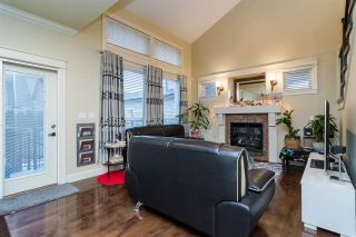 Photo 3: 19036 70 AVENUE in Surrey: Clayton House for sale (Cloverdale)  : MLS®# R2128470