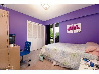 """Photo 8: 68 DEERFIELD Drive in Tsawwassen: Pebble Hill House for sale in """"DEERFIELD"""" : MLS®# V851261"""