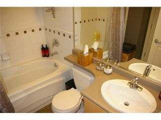 """Photo 8: 704 680 CLARKSON Street in New Westminster: Downtown NW Condo for sale in """"THE CLARKSON"""" : MLS®# V1025935"""