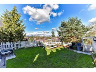 """Photo 4: 7967 138A Street in Surrey: East Newton House for sale in """"EAST NEWTON"""" : MLS®# R2046454"""