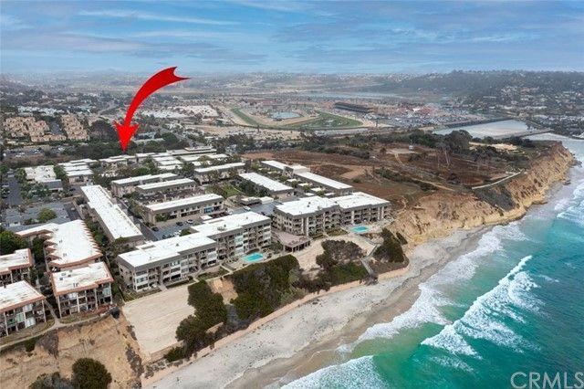 Main Photo: SOLANA BEACH Condo for sale : 2 bedrooms : 884 S Sierra Avenue
