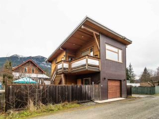 Photo 37: 38044 FIFTH Avenue in Squamish: Downtown SQ House for sale : MLS®# R2539837