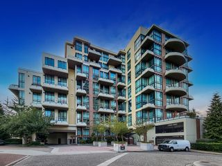 """Photo 3: 203 10 RENAISSANCE Square in New Westminster: Quay Condo for sale in """"Murano Lofts"""" : MLS®# R2619695"""