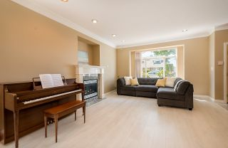 Photo 4: 6973 NAPIER Street in Burnaby: Sperling-Duthie 1/2 Duplex for sale (Burnaby North)  : MLS®# R2173965
