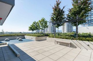 """Photo 21: 521 5598 ORMIDALE Street in Vancouver: Collingwood VE Condo for sale in """"WALL CENTER CENTRAL PARK"""" (Vancouver East)  : MLS®# R2495888"""
