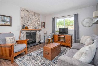 """Photo 3: 2271 WILLOUGHBY Way in Langley: Willoughby Heights House for sale in """"LANGLEY MEADOWS"""" : MLS®# R2580221"""