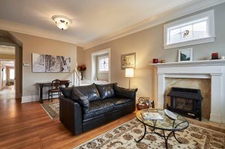 Photo 3: 375 KEARY Street in New Westminster: Sapperton House for sale : MLS®# R2149361